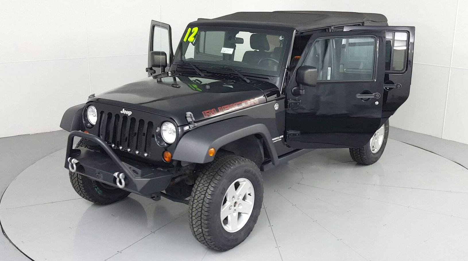 Pre-Owned 2012 JEEP WRANGLER UNLIMITED Unlimited Rubicon