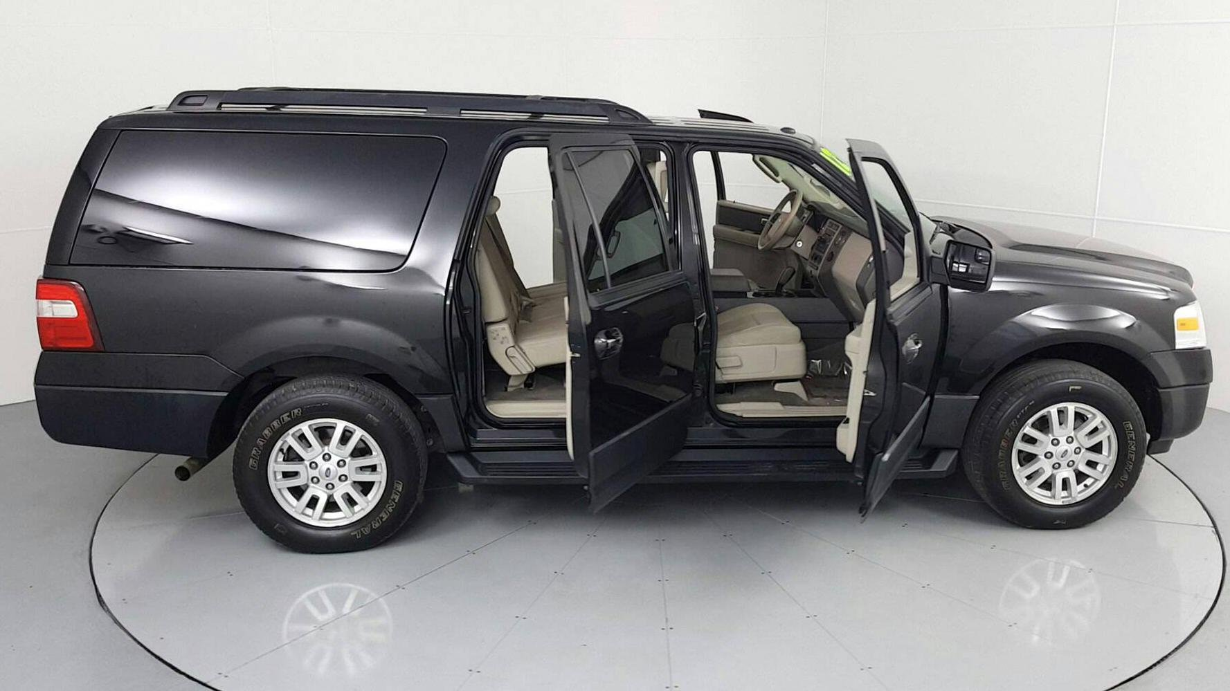 Pre-Owned 2012 FORD EXPEDITION EL XL