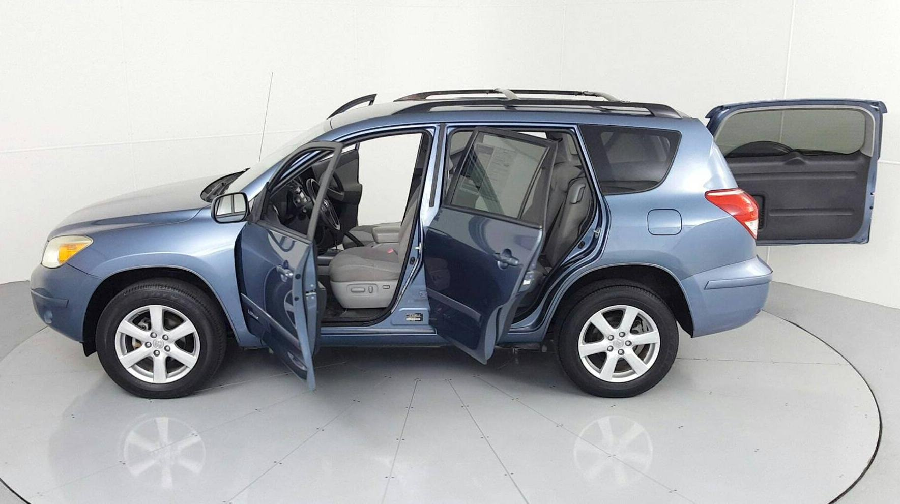 Pre-Owned 2008 TOYOTA RAV4 Limited